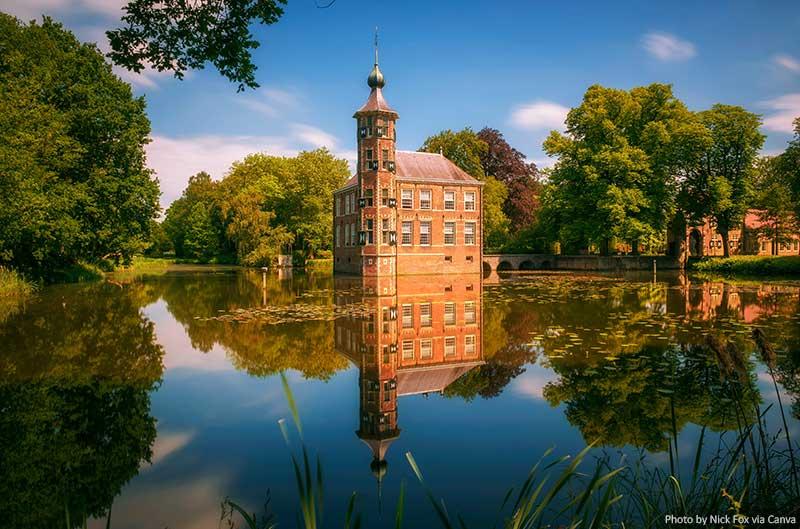 Castelo Bouvigne e o parque circundante em Breda
