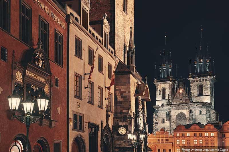 Cidade Velha de Praga à noite