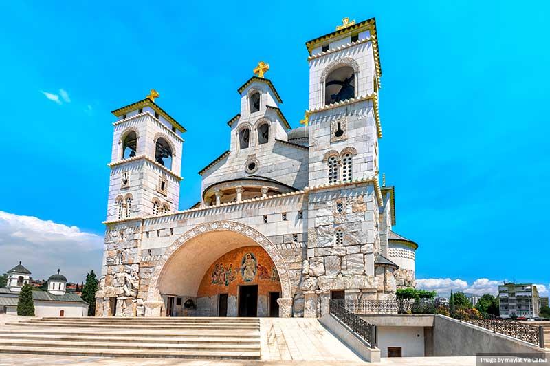 Canva - Catedral da Ressurreição de Cristo em Podgorica, Montenegro
