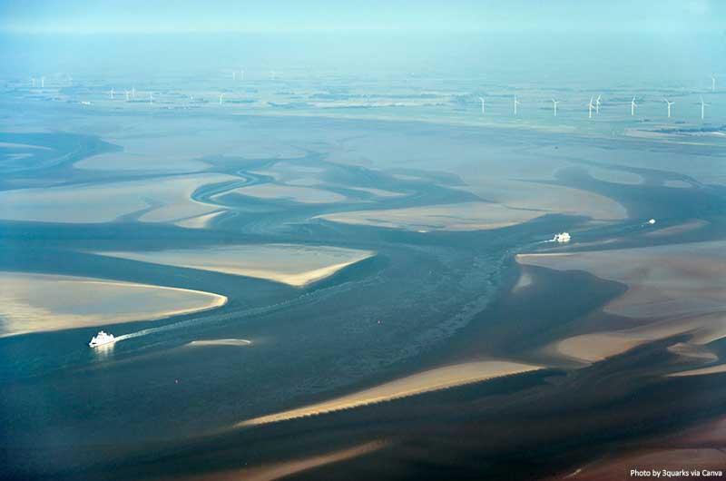 Vista aérea do Parque Nacional do Mar de Schleswig-Holstein Wadden