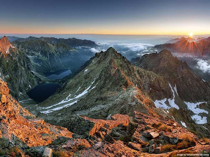 Montanhas Tatra ao pôr do sol