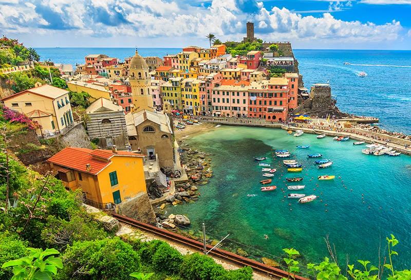 Edifícios coloridos em Vernazza