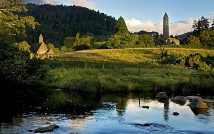 Best Countries for Solo Travelers - Ireland