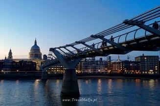 Londyn królewski trakt. Millenium Bridge