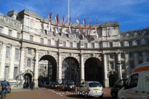 Londyn gotowa trasa zwiedzania dzień 2, Admiralty Arch.