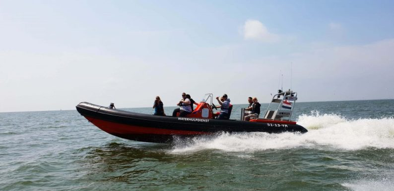 Marker Waddenbezoeken met een RIB boot
