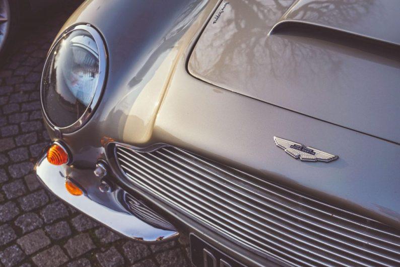 Aston Martin rijden in Nederland