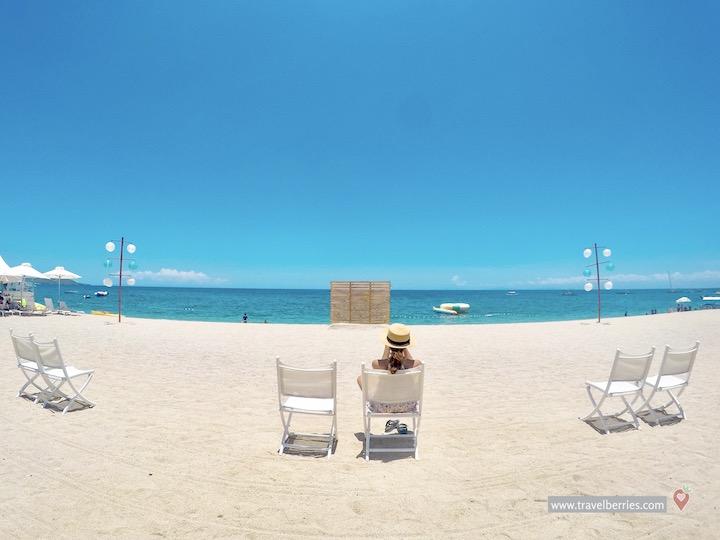 Acuatico beach review