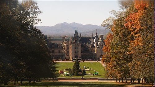 Image from live web cam at Biltmore on 10/27/2017 (from rogtnweather's Webcam)
