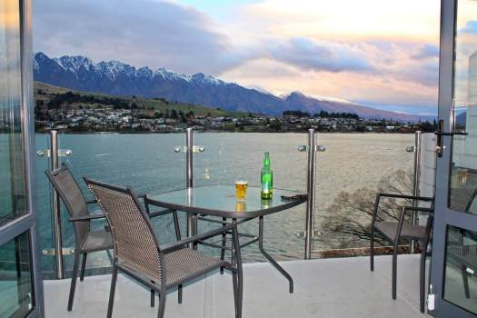 New Zealand Queenstown room with a view