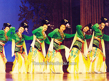 Dance With Me 2 Traditional Chinese Xianxia Style Folk Dance