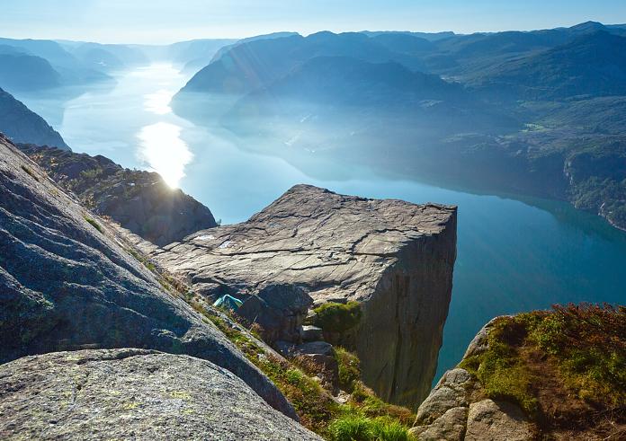 Einmaliges Panorama vom Preikestploenin Norwegen