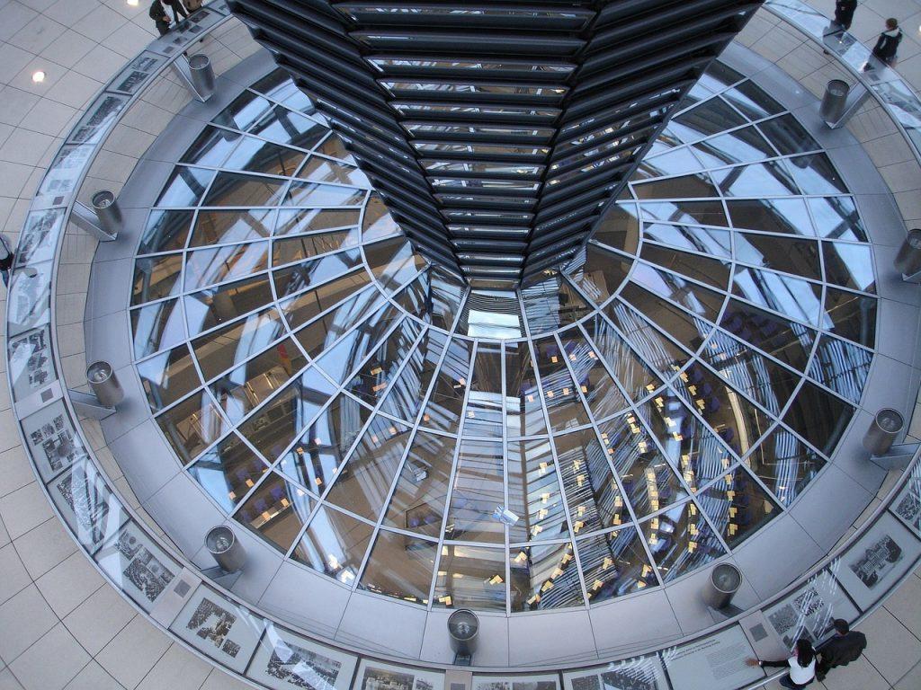 Top 10 Sehenswürdigkeiten Berlin. Reichstag.