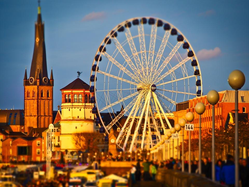 Die schönsten Städte Deutschlands. Duesseldorf.