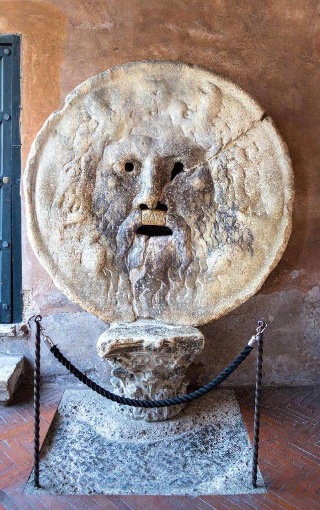 Top 10 Rom: Mund der Wahrheit