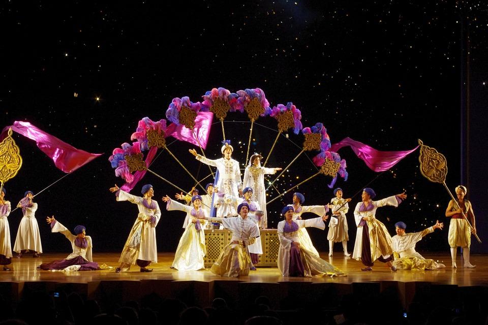 Urlaub im November: Aladdin Musical Reise