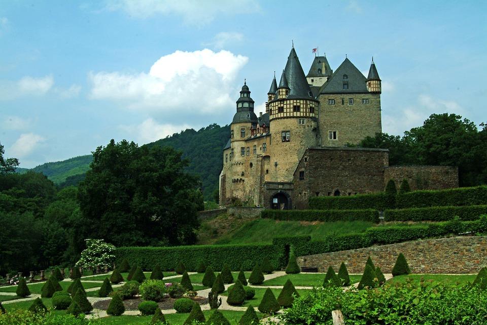 Burresheim Schloss