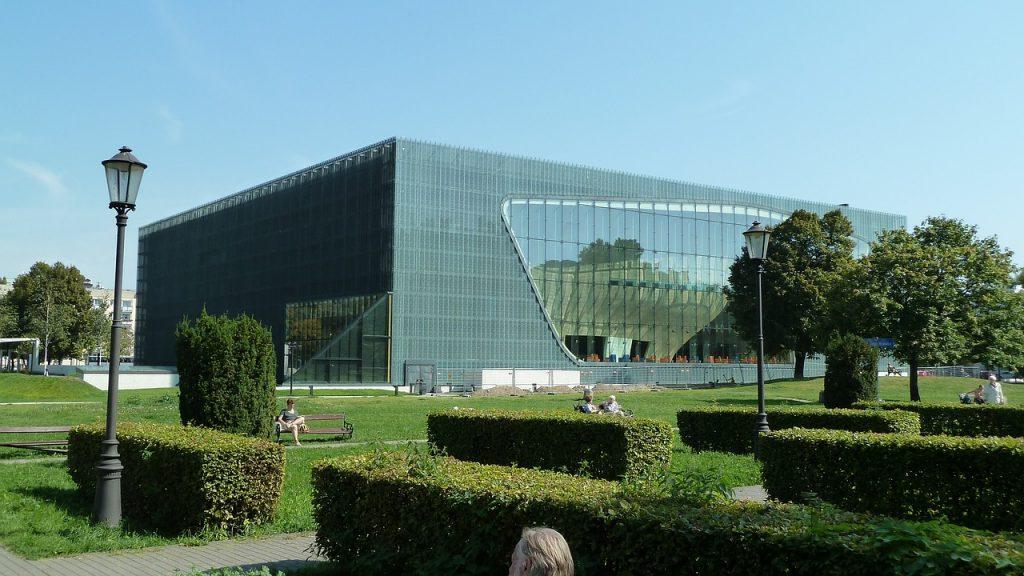 Top 10 Sehenswürdigkeiten Warschau. POLIN Museum.