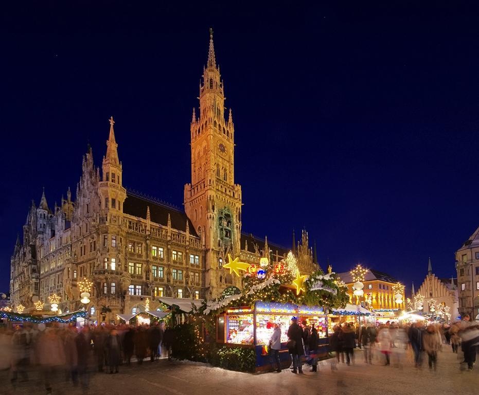 weihnachtsmarkt_Muenchener_Christkindlmarkt_am_Marienplatz