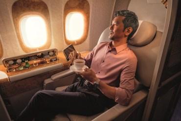 Linie Emirates zmieniają zasady programu lojalnościowego, większe korzyści w podróżach służbowych