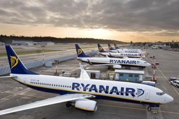 Ryanair uruchamia nowe trasy z Modlina i Krakowa