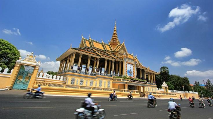 Z liniami Emirates polecicie do Phnom Penh w Kambodży