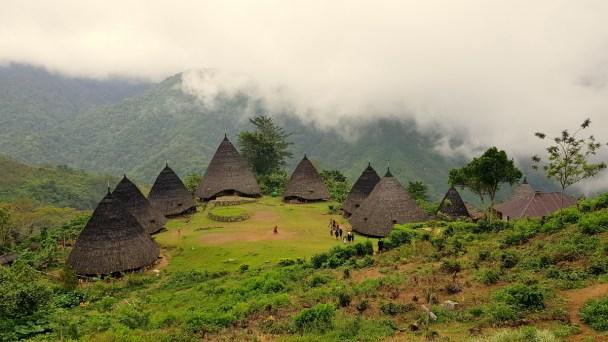 Z wizytą w indonezyjskiej wiosce Wae Rebo