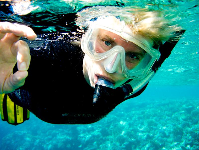 female-snorkeller-1435232