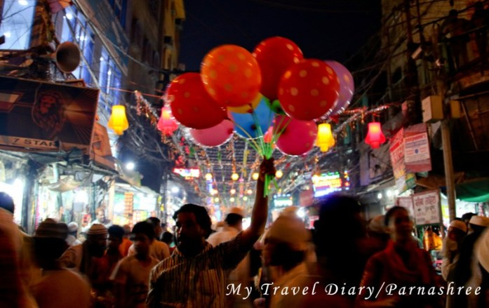 The colorful streets of Chandni Chowk during Ramadan