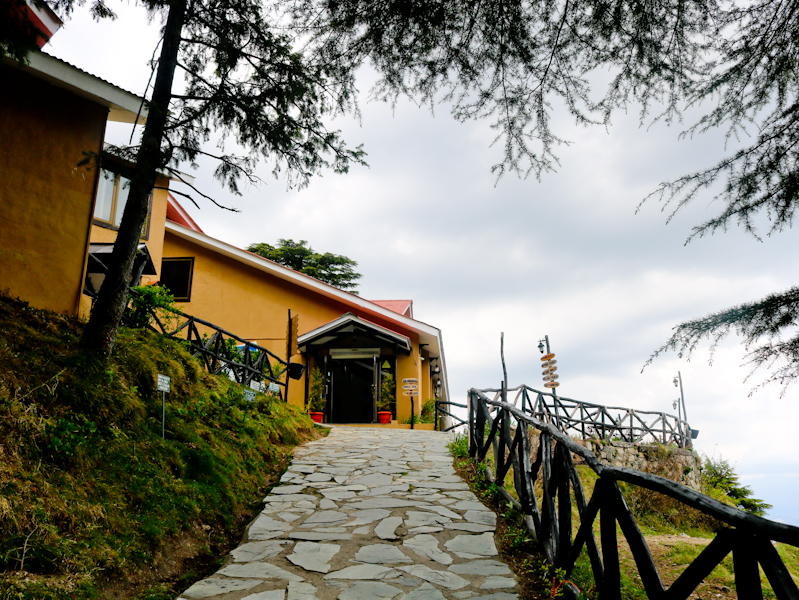 Aamod Dalhousie Resort : A Luxurious Retreat In The Lap Of Himalaya