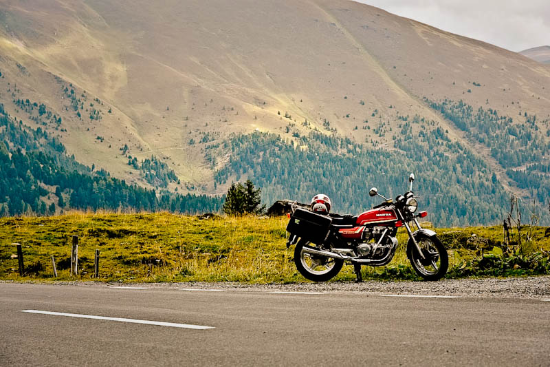 Riding Essentials You Need Before Going Off on a Bike Trip_2
