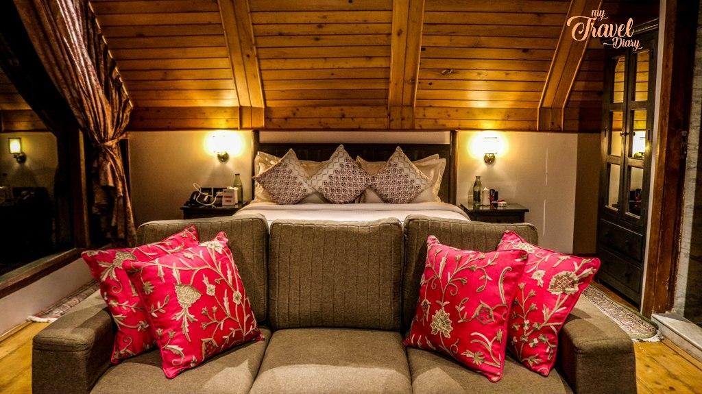 Living cum bedroom of Royal Attic Suite of Rah Bagh