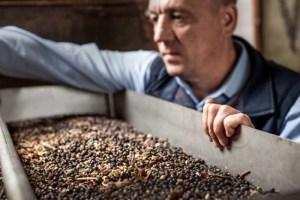 Caorunn Master Distiller Simon Buley