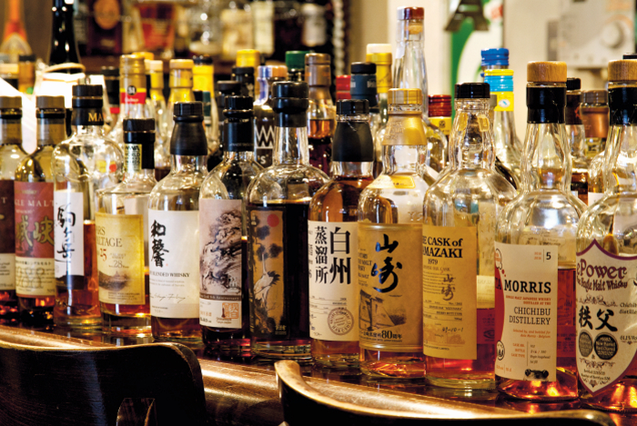 The Ultimate Guide to Japanese Whisky: whisky bottles.
