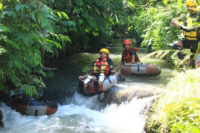 serunya river tubing