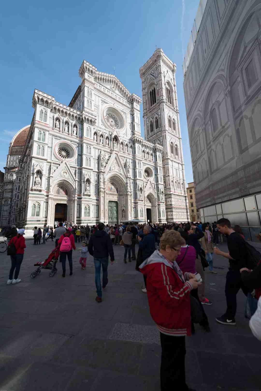 Florence Duomo crowd