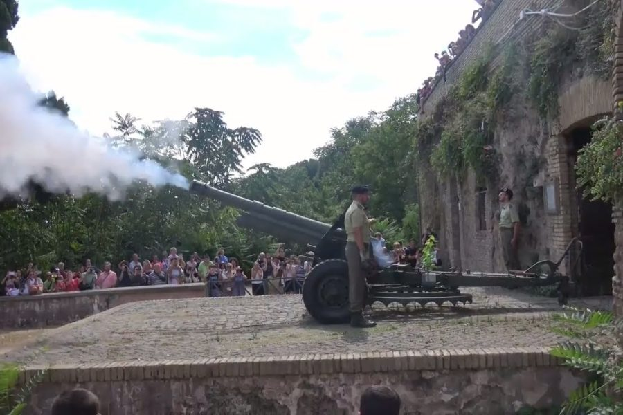Cannon on Janiculum hill
