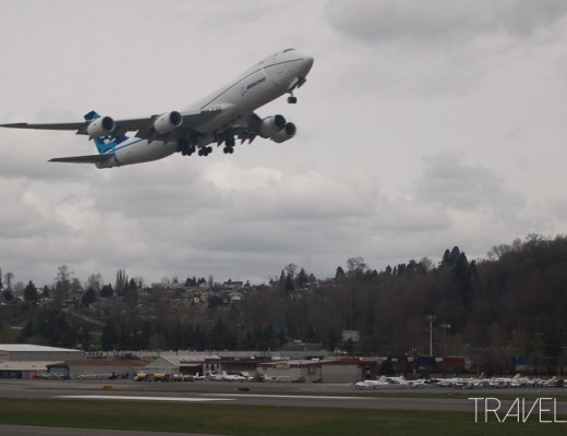 Seattle - Boeing 747-8 taking off from Boeing Field