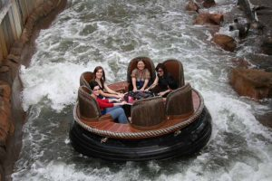 thunder_river_rapids_ride
