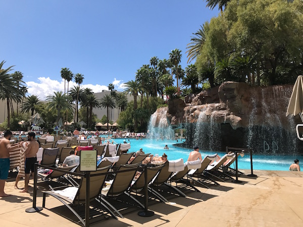 The Vegas Pool Scene Travel Fanboy