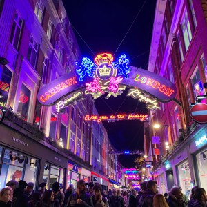 London Christmas Lights - Travel for a Living
