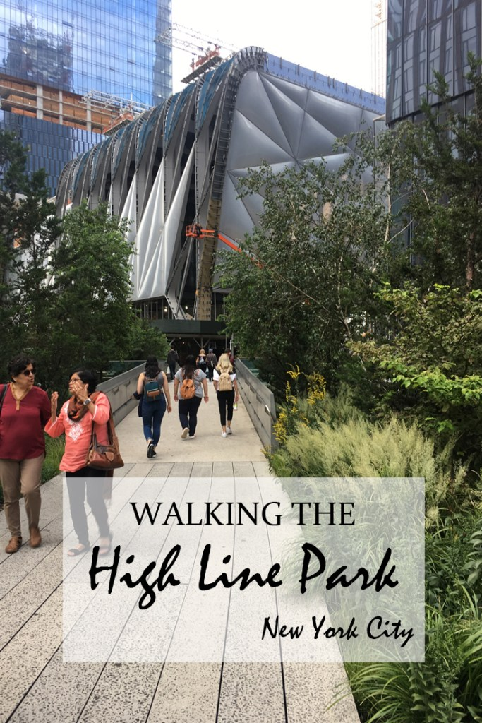 Walking the High Line in New York - Travel for a Living