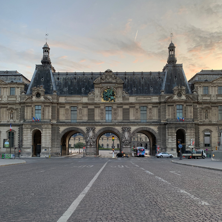 Early mornings in Paris - Travel for a Living