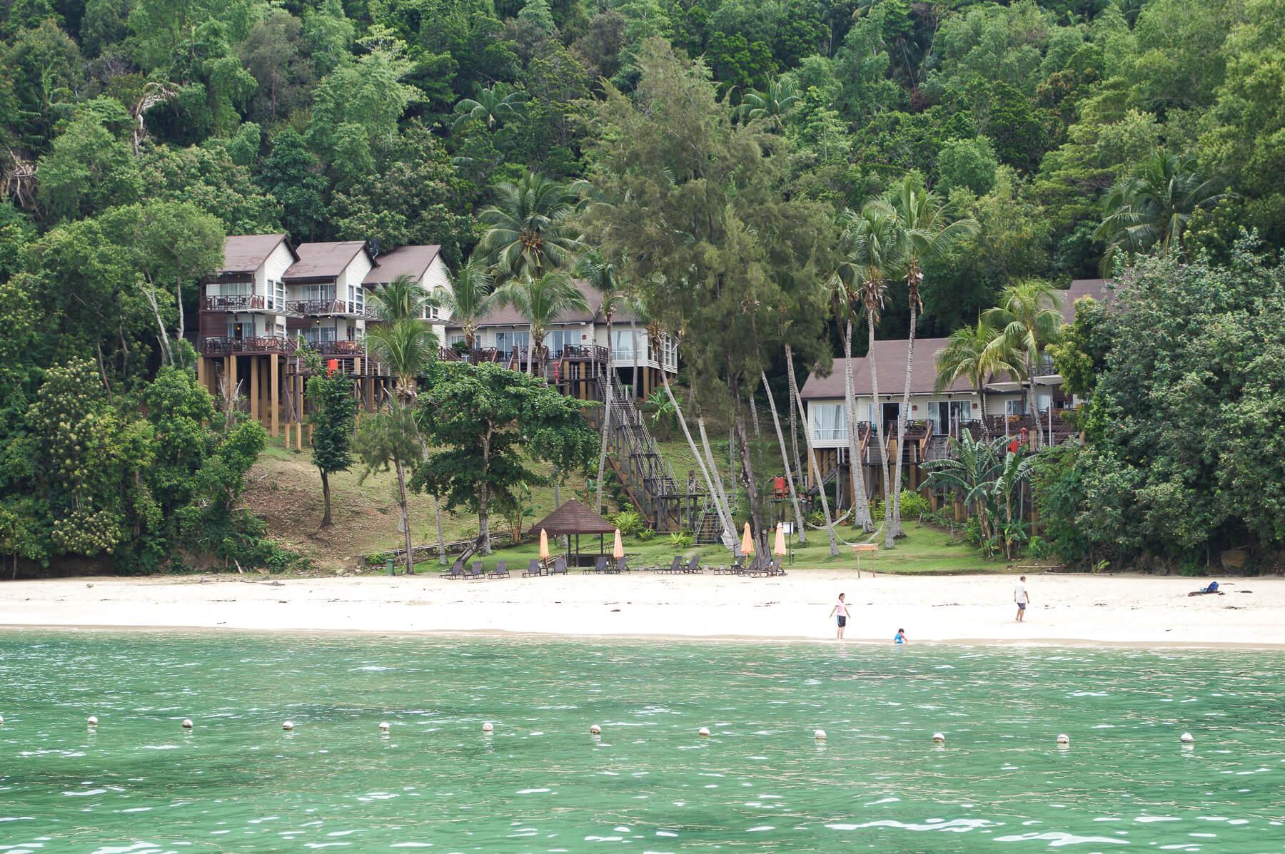 Resort on the beach of Manukan Island