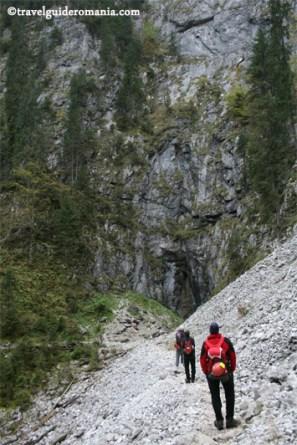 Dolina 3 - fenomennul carstic Cetatile Ponorului