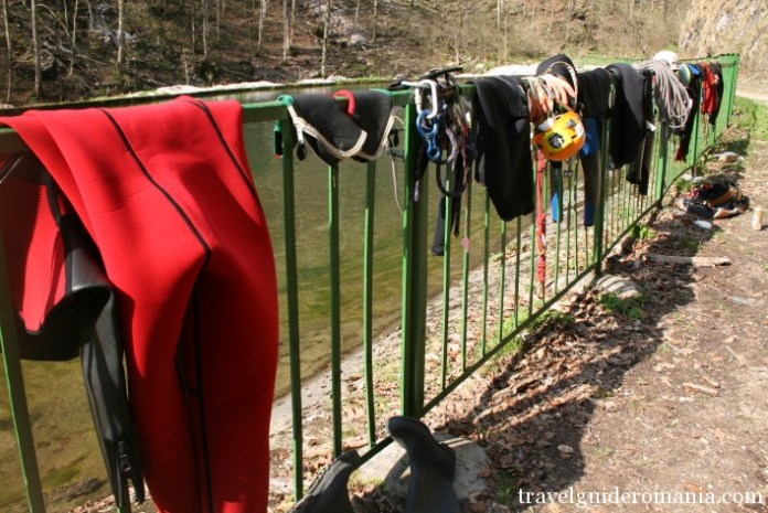individual gear for canyoning