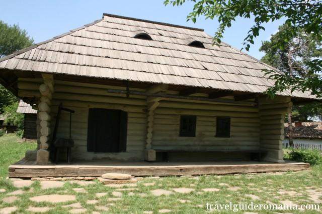 traditional architecture of Moldova folk area