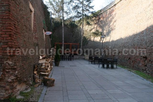 Fortress Ditch tour in Alba Iulia