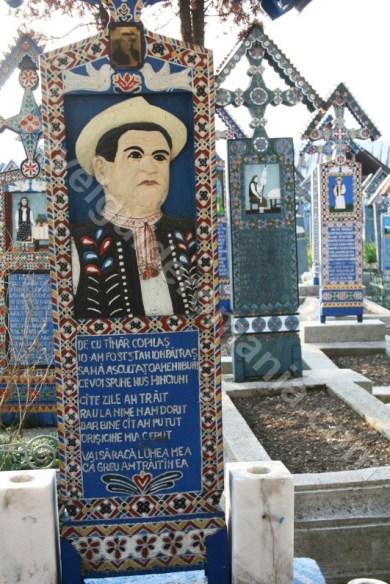 Artistul popular Ioan Stan Patras - creatorul Cimitirului Vesel