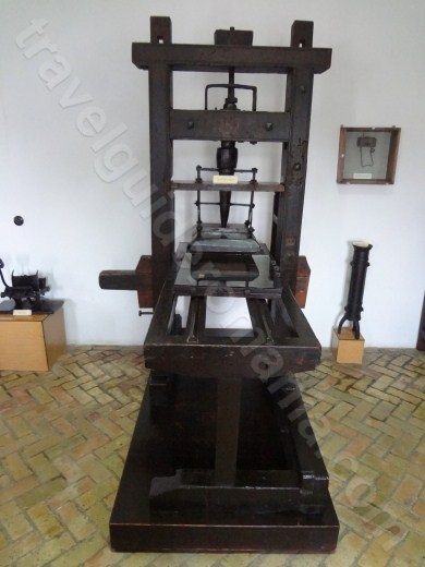 Presa de tipografie la MUzeul Manastirii Neamt